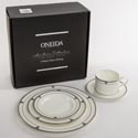 Dinnerware 5pc Place Setting Oneida Deauville Bone China Heirloom Litho Boxed